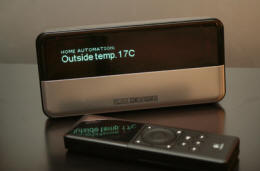 Slim Devices audio player displaying outside temperature